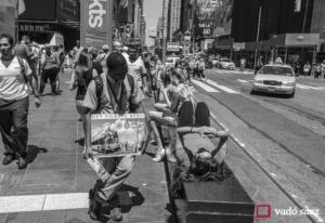Treballador turístic a Times Square
