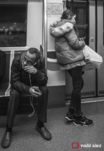 Persones al metro de Barcelona